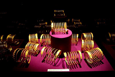 13_spirale_aur_Muzeul_National_de_Istorie